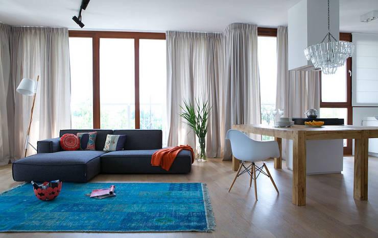salon: styl , w kategorii  zaprojektowany przez IDEARCHITEKTURA