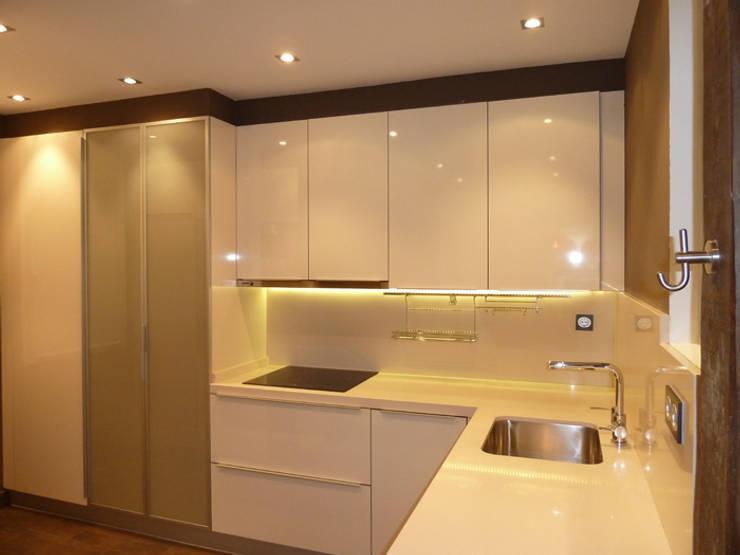 moderne Keuken door ERRASTI