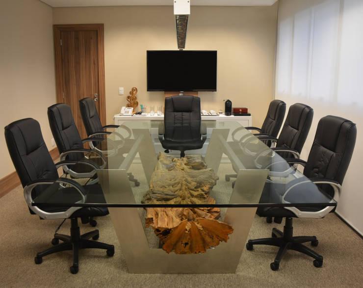 Mesa de Reunião Boulle: Escritório e loja  por Boulle