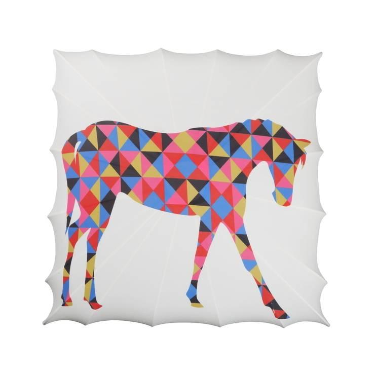 Kinkiet Horse: styl , w kategorii Salon zaprojektowany przez Lumiforma