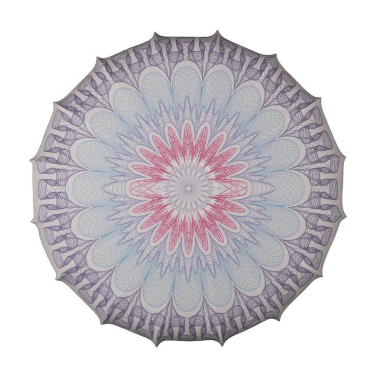 Plafon Mandala kolor (duży): styl , w kategorii Sypialnia zaprojektowany przez Lumiforma