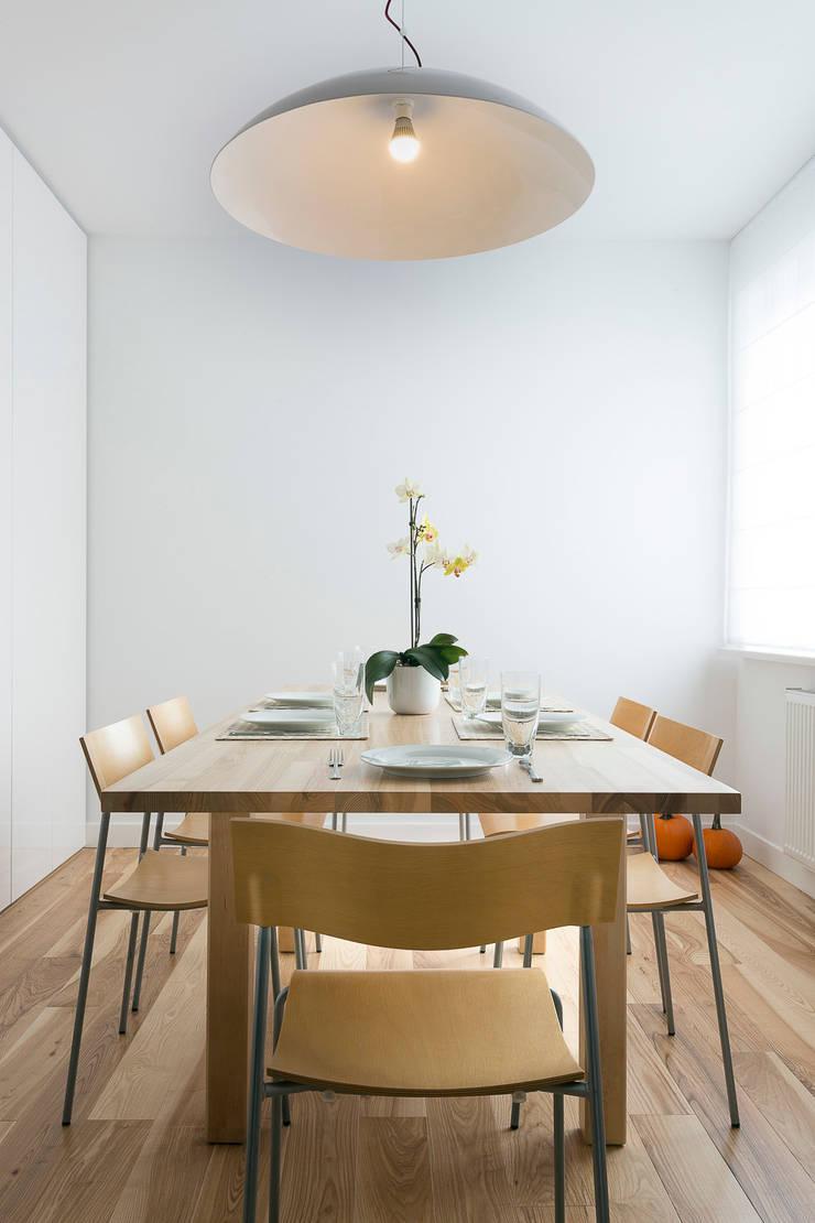 jadalnia: styl , w kategorii Jadalnia zaprojektowany przez Jacek Tryc-wnętrza,Minimalistyczny
