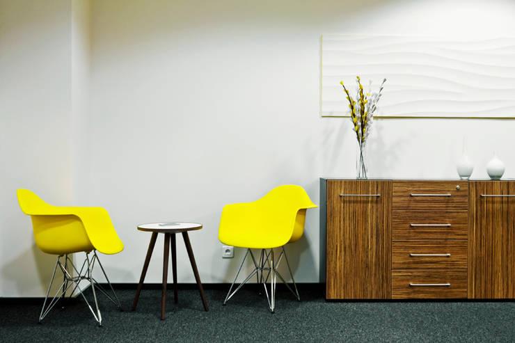Переговорная комната: Офисы и магазины в . Автор – 16dots
