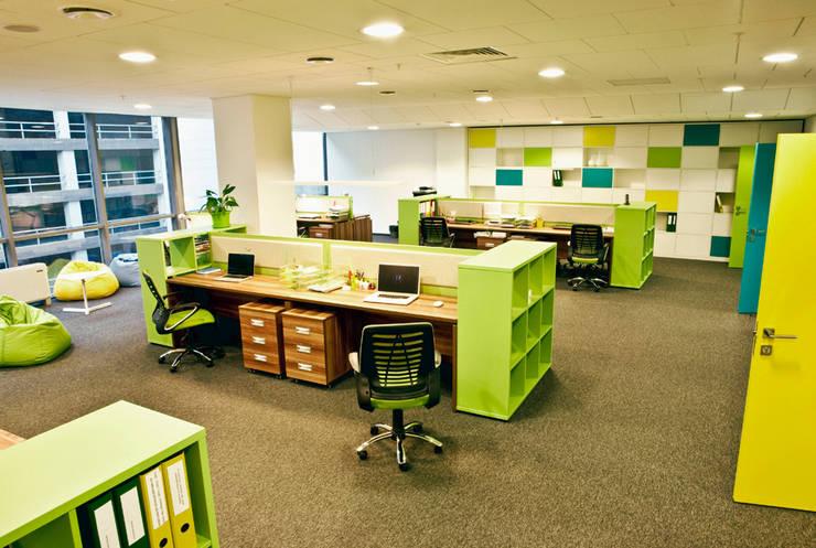 Основное рабочее пространство: Офисы и магазины в . Автор – 16dots