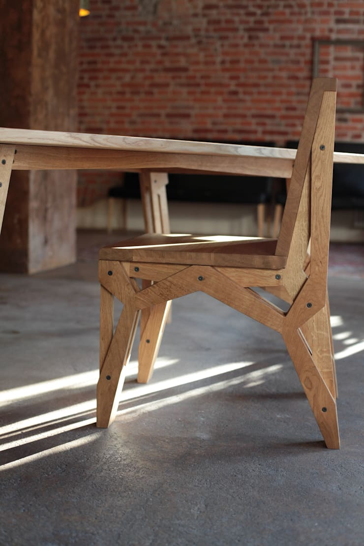 Stół RIG: styl , w kategorii Jadalnia zaprojektowany przez ROARHIDE Industrial designs