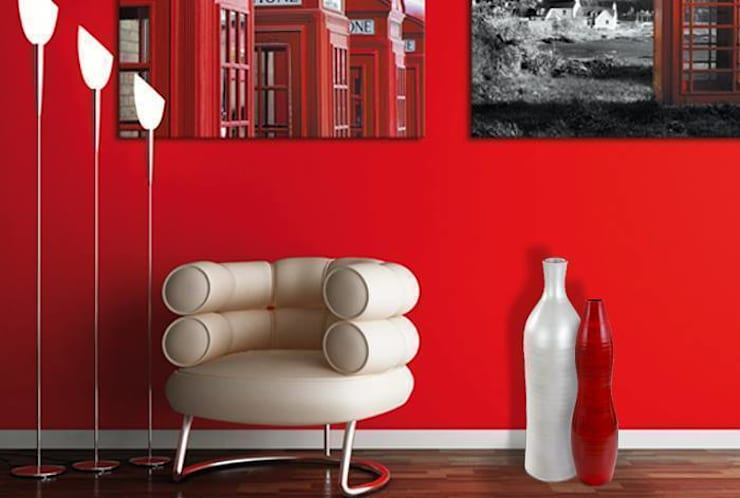 Bamboo floor vase in Pearl  White and Gourd in Red :  Multimedia room by Earth and Fire Lab