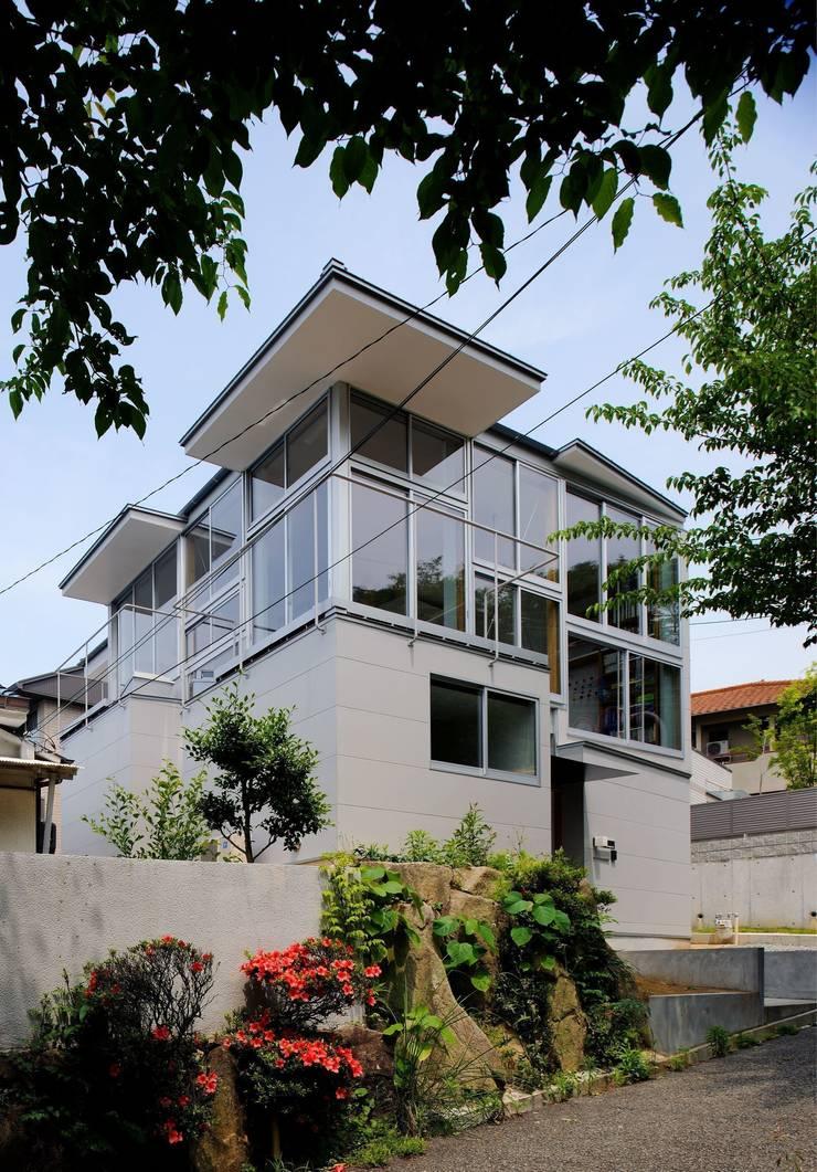 五月丘の家 - House of Satukigaoka: 林泰介建築研究所が手掛けた家です。,