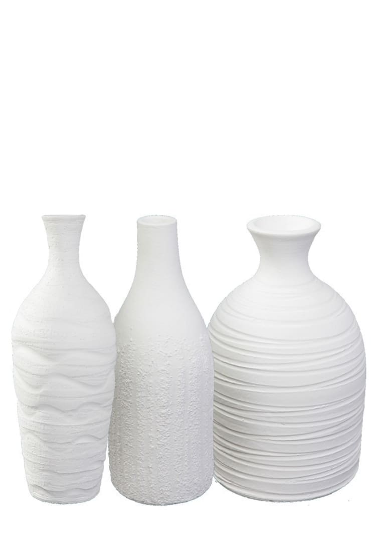 Set of three white vases , Handmade :  Dining room by Earth and Fire Lab
