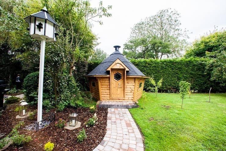 10m² Barbecue Cabin in a Derbyshire garden. :  Garden by Arctic Cabins