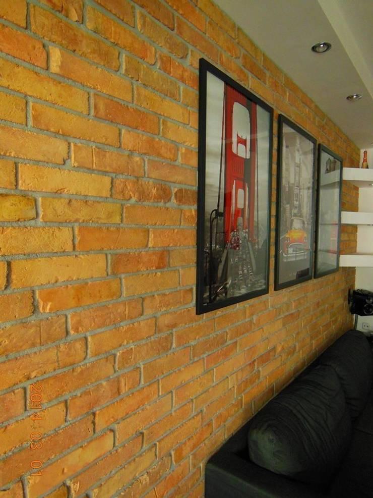 Historic Line 10: styl , w kategorii Ściany zaprojektowany przez ITA Poland s.c.