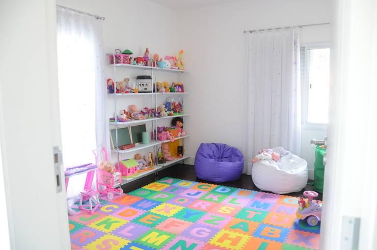 Детские комнаты в . Автор – Renata Amado Arquitetura de Interiores