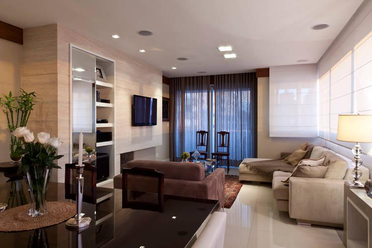 Apartamento Tito Livio: Salas de estar  por Mariana M Simoes arquitetura conceitual