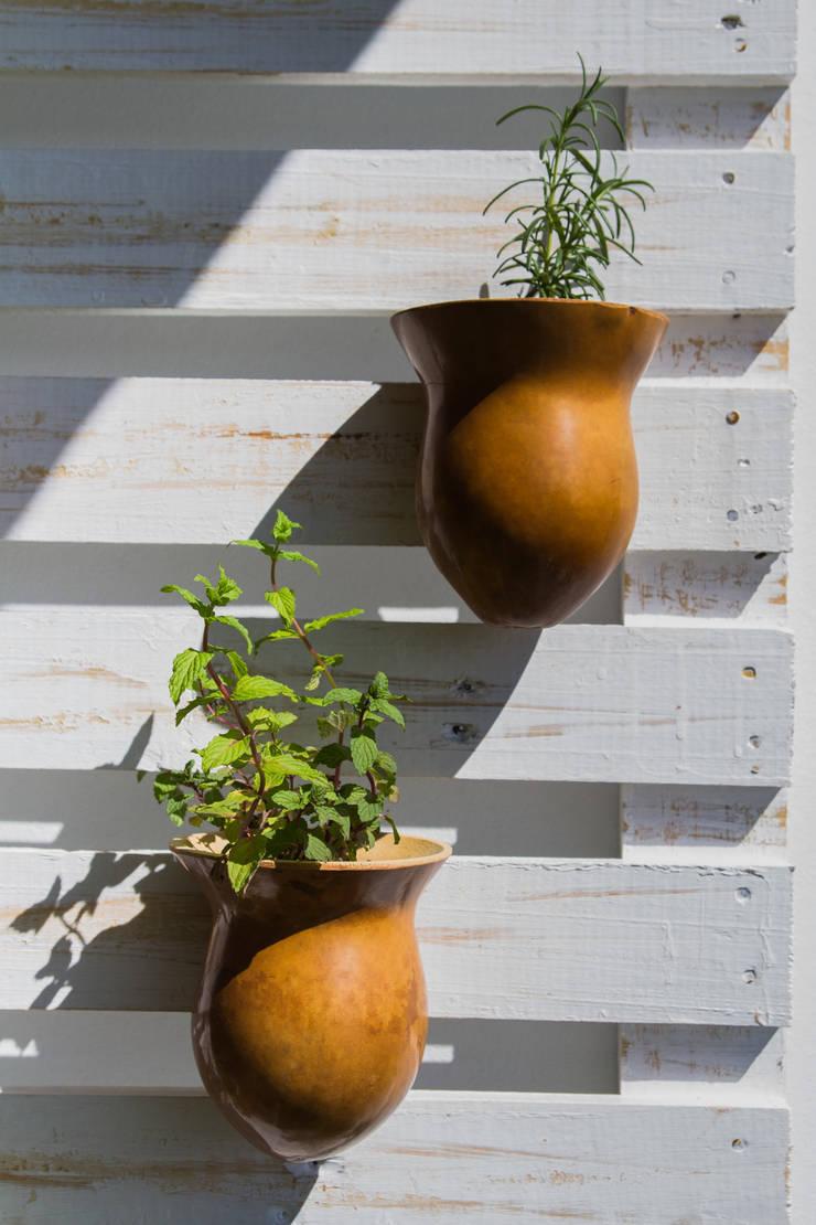 Jardim Vertical por Tuti Arquitetura e Inovação Rústico