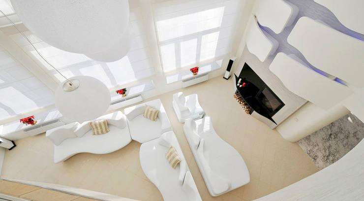 Загородный дом в Подмосковье 1200 кв.м.: Гостиная в . Автор – Студия Максима Рубцова.