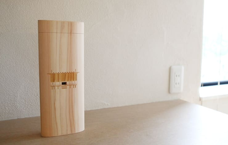 Kamidana 『むく』: mizmiz designが手掛けた家庭用品です。