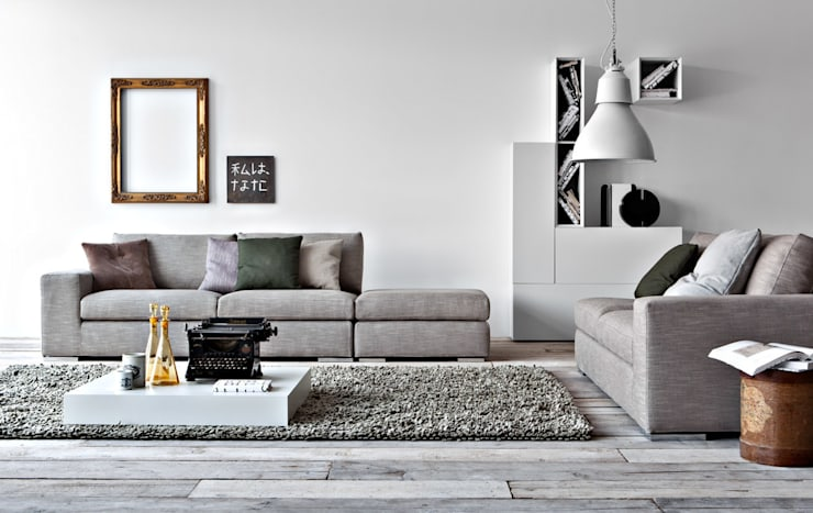 Family Sofa:  Living room by Campbell Watson