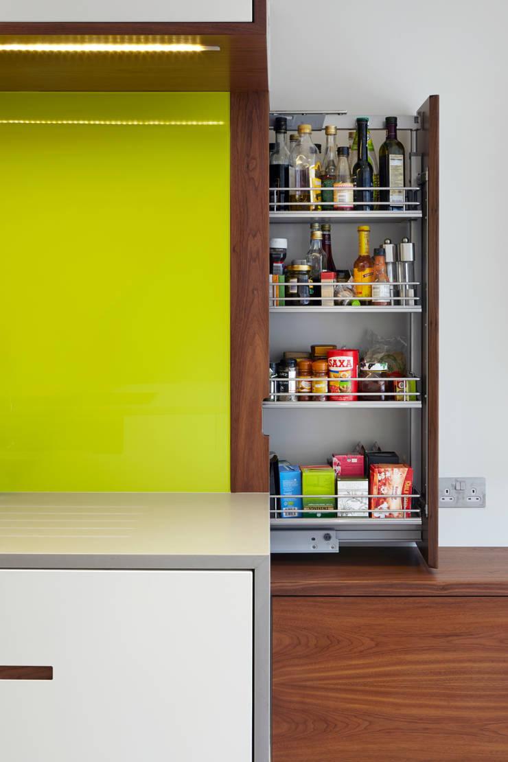 Larder cupboard:  Kitchen by Fraher Architects Ltd