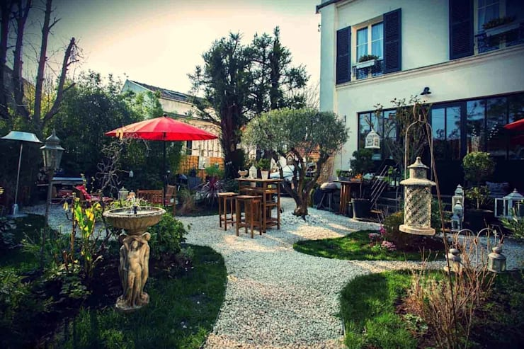 Maison d'hôte: Jardin de style  par Maurine Tric
