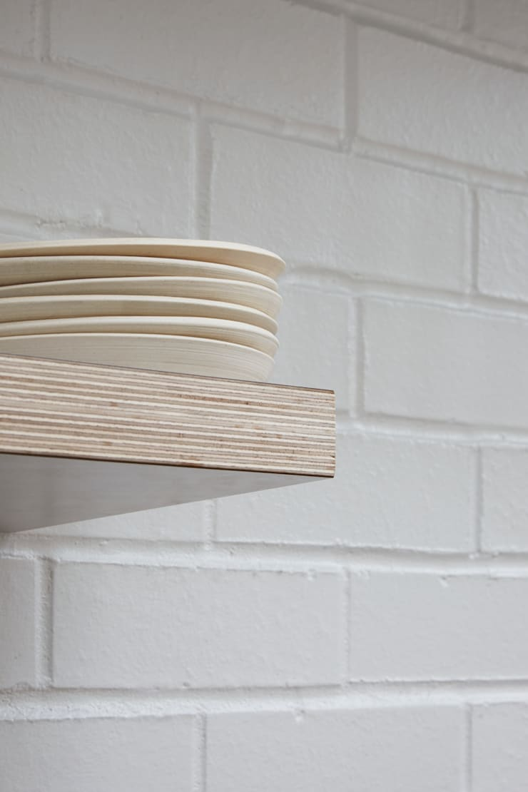 Shelving detail:  Kitchen by Fraher Architects Ltd