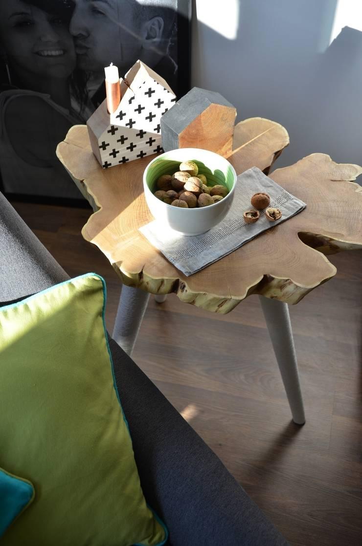 Stolik MUMMY COFFE TABLE: styl , w kategorii Salon zaprojektowany przez D2 Studio