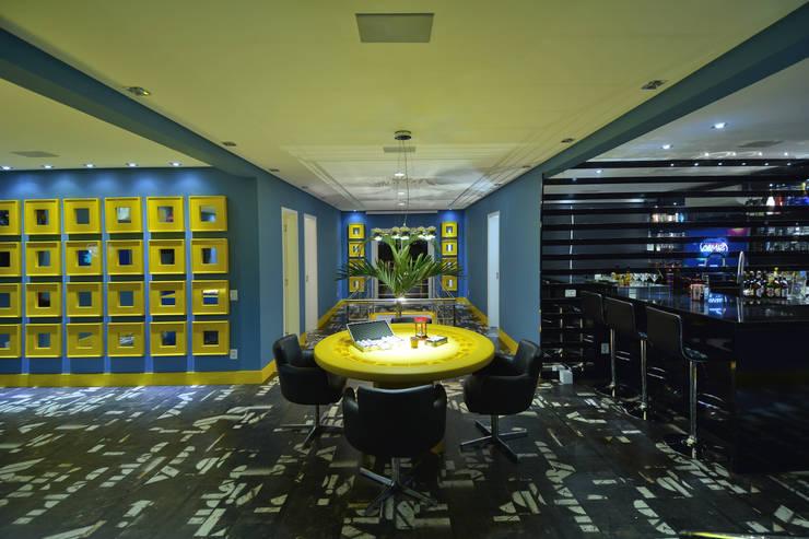 Media room by Paulinho Peres Group