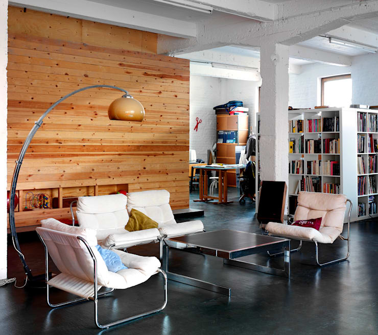 OCEAN_SHSH:  Living room by SHSH Architecture + Scenography