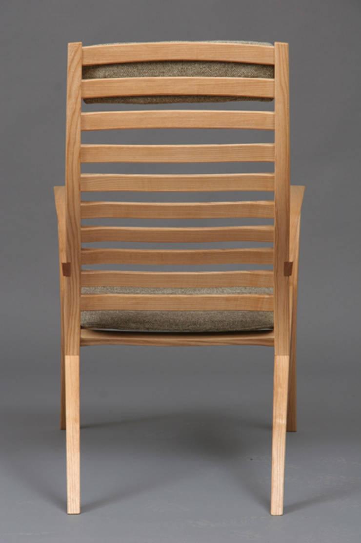 CHAIR no.1:   door fingerprint furniture, Scandinavisch