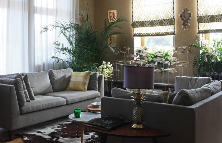 Загородный дом, Новая Рига: Рабочие кабинеты в . Автор – Roberts Design