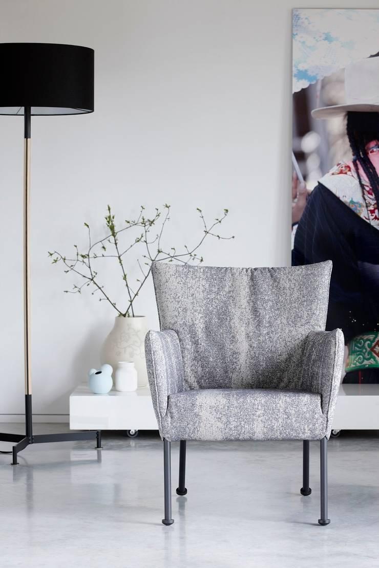 Togo: modern  door Label   van den Berg, Modern