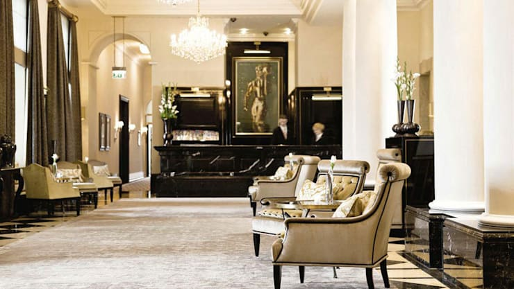 Lobby - Hotel Interiordesign aus Berlin:  Hotels von Fine Rooms Design Konzepte GmbH