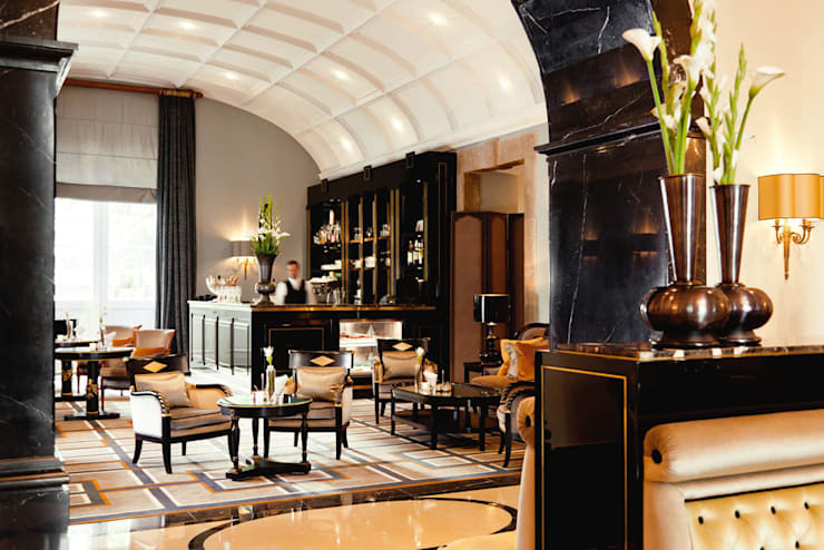 Bar - Hotel Interiordesign aus Berlin:  Hotels von Fine Rooms Design Konzepte GmbH