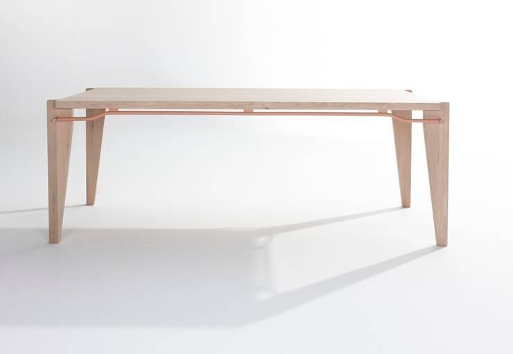 Donk:   door Label | van den Berg, Industrieel