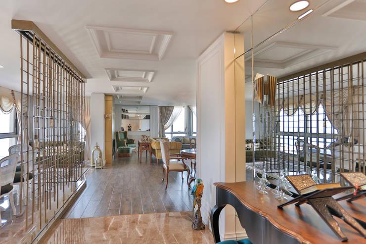 Paredes e pisos clássicos por PS MİMARLIK Clássico