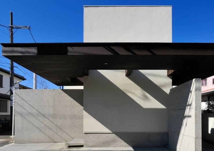 Casas de estilo  por 井上洋介建築研究所, Moderno