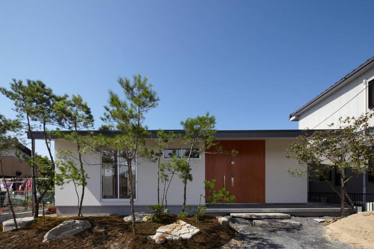 一宮の家: 一級建築士事務所 渡辺泰敏建築設計事務所が手掛けた家です。