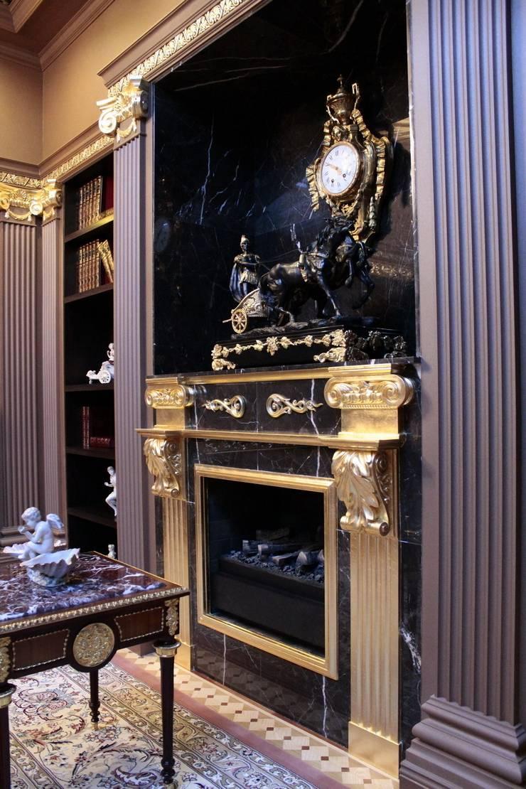 Античная эклектика: Гостиная в . Автор – blackcat design,