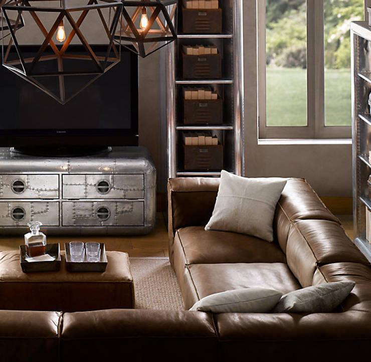Sofá de cuero sillabarcelona -New Chelsea-: Salones de estilo moderno de SILLABARCELONA