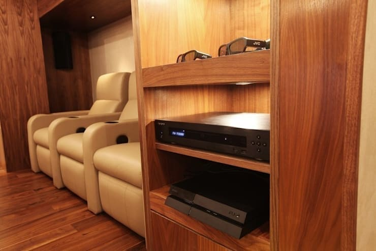 What Lies Beneath Home Cinema:  Media room by Finite Solutions