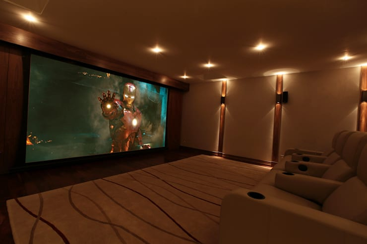 What Lies Beneath Home Cinema: modern Media room by Finite Solutions