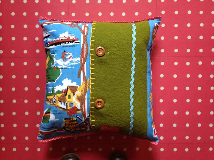 Isle of Wight souvenir cushion:  Living room by Random Makes