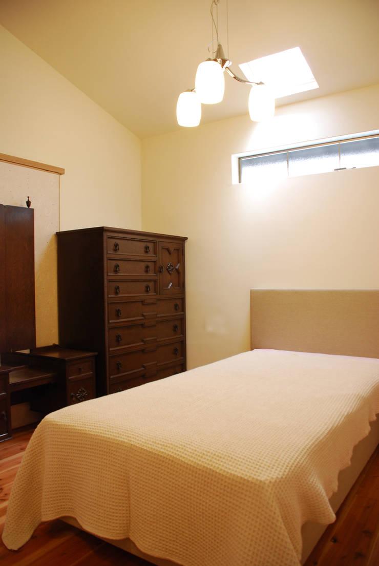 M邸: 長崎工作室が手掛けた寝室です。