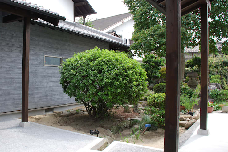 M邸: 長崎工作室が手掛けた庭です。