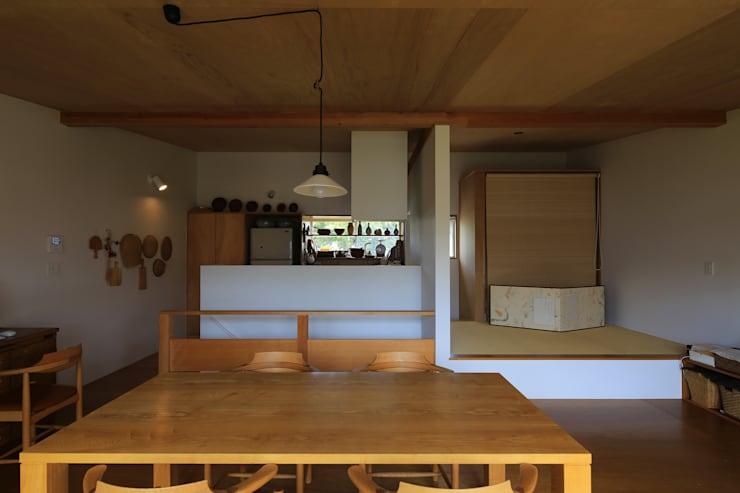 Cozinha  por 早田雄次郎建築設計事務所/Yujiro Hayata Architect & Associates
