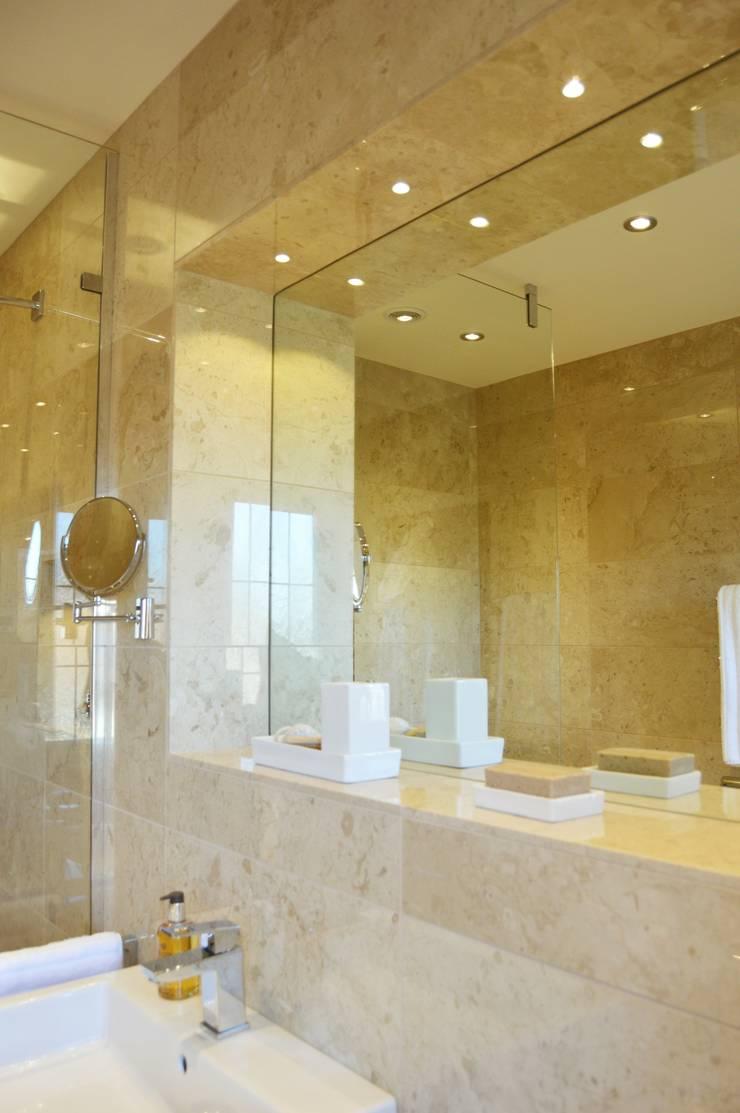 Built in Mirror with spotlights:  Bathroom by Loveridge Kitchens & Bathrooms