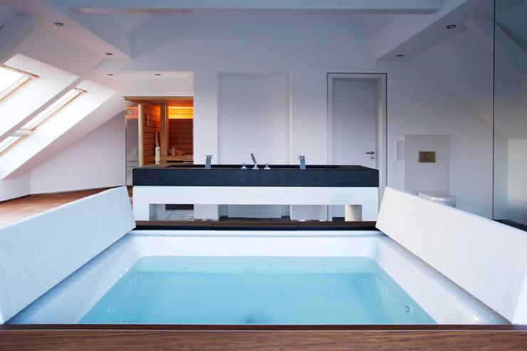 Ванные комнаты в . Автор – gmyrekarchitekten