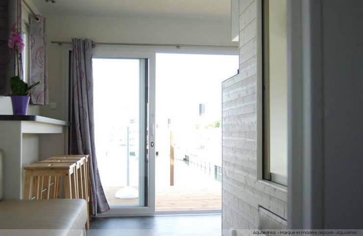 Bedroom by Floating Habitats T/A AQUASHELL