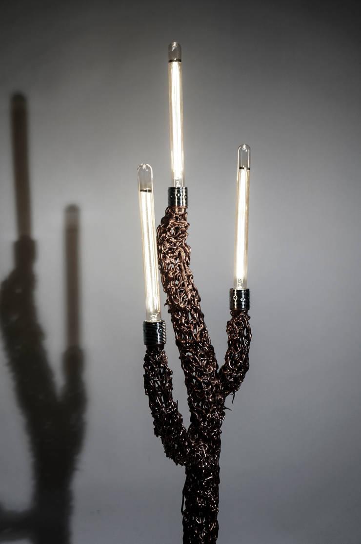Balloonlamp:  Woonkamer door Studio Pascal Smelik