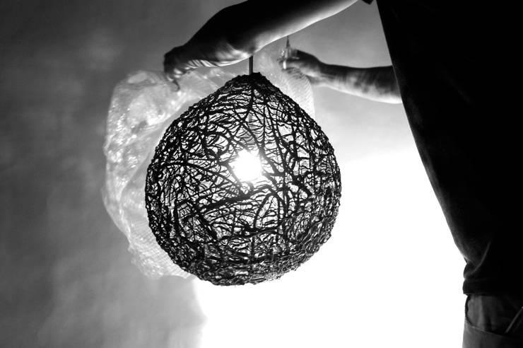 Driplamp:  Woonkamer door Studio Pascal Smelik, Modern