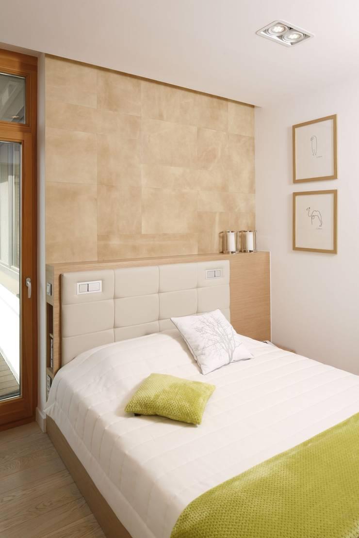 Mieszkanie : styl , w kategorii Sypialnia zaprojektowany przez Bm2 pracownia architektury