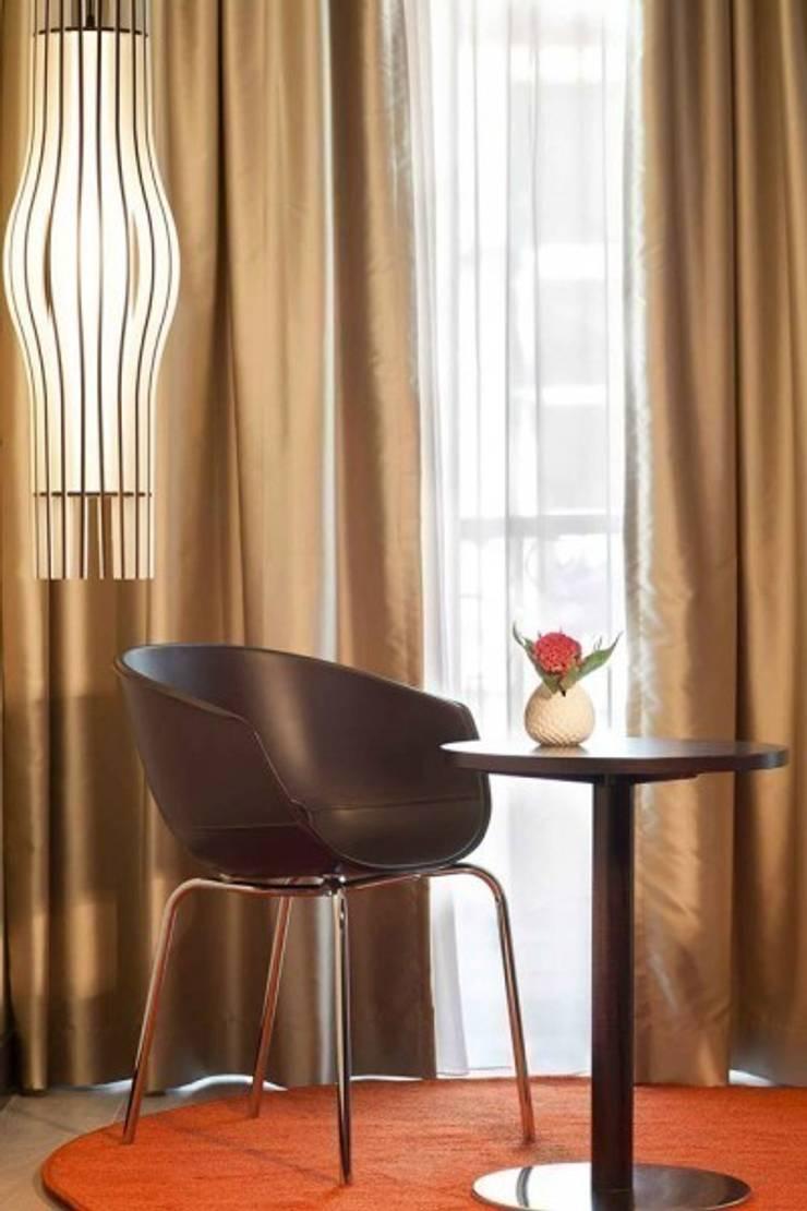Hotel de Santa Justa: Hotéis  por MOOD, Lamp Design & Lighting Concept